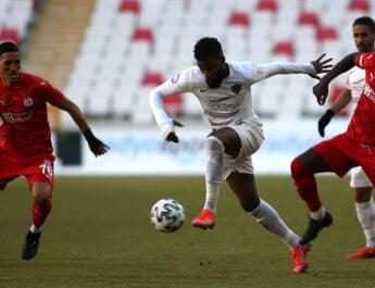 Hatay'da 1-1  Sivas'ta 1-1