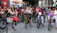 """""""Süslü Kadınlar Bisiklet Turu"""" düzenledi"""
